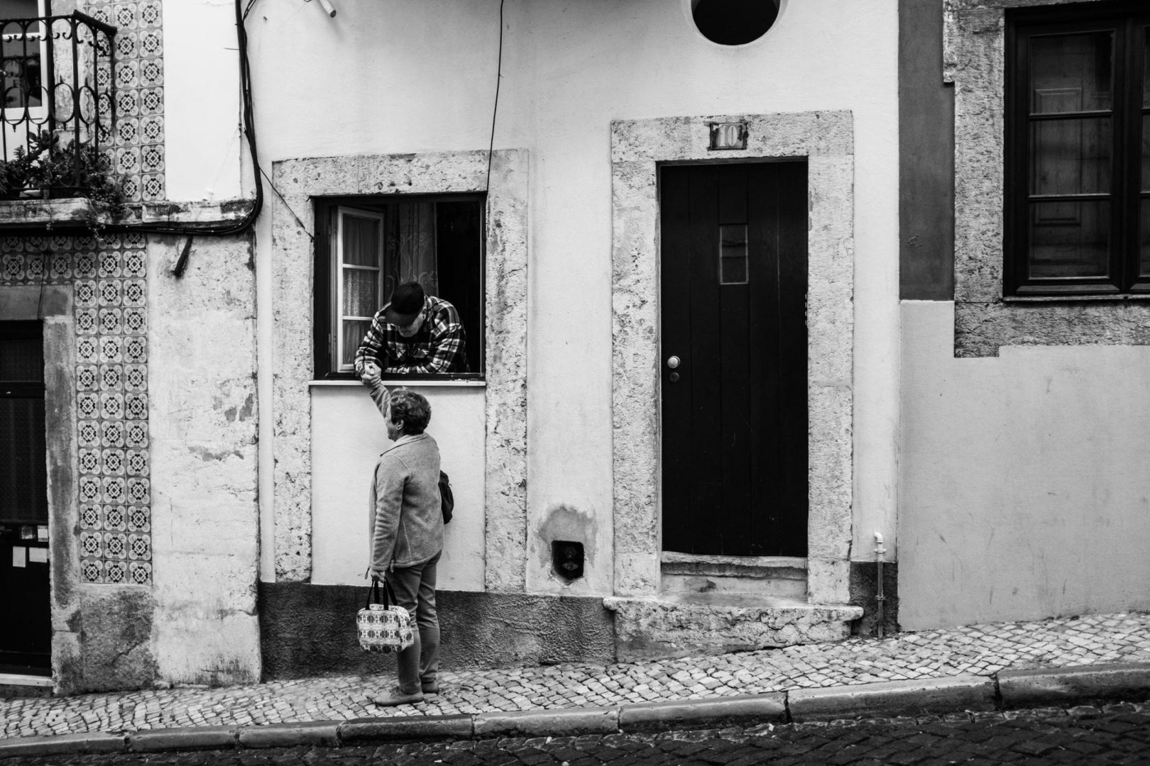 Snap of Lisbon daily life.