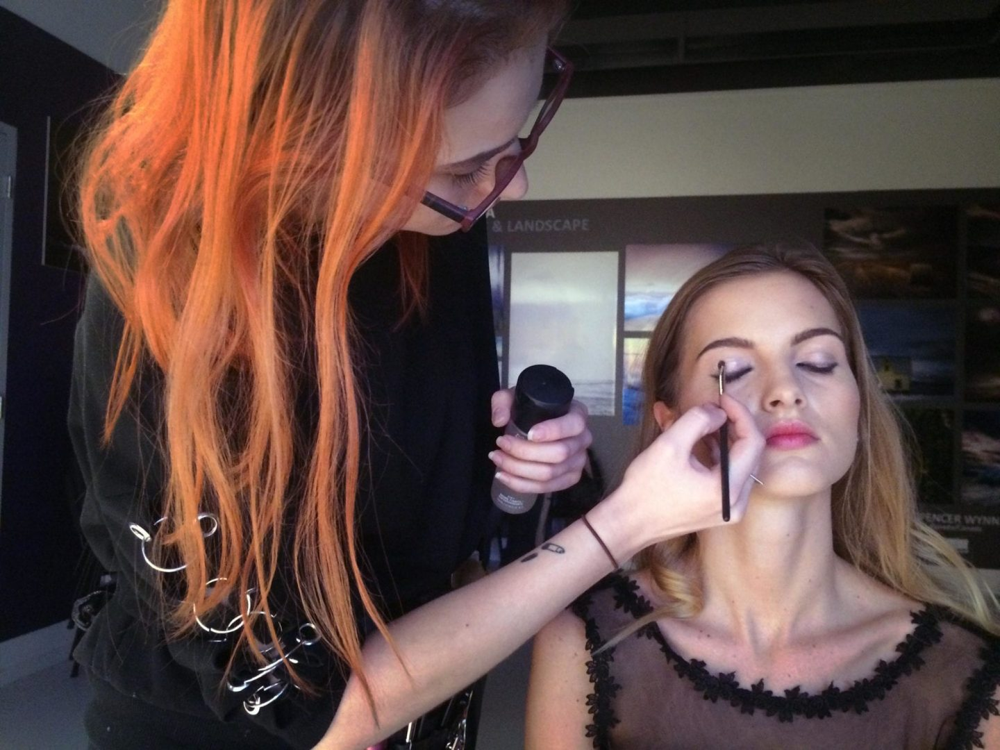 The gorgeous model Teresa and the amazing MUA … who collaborated with me in this workshop.