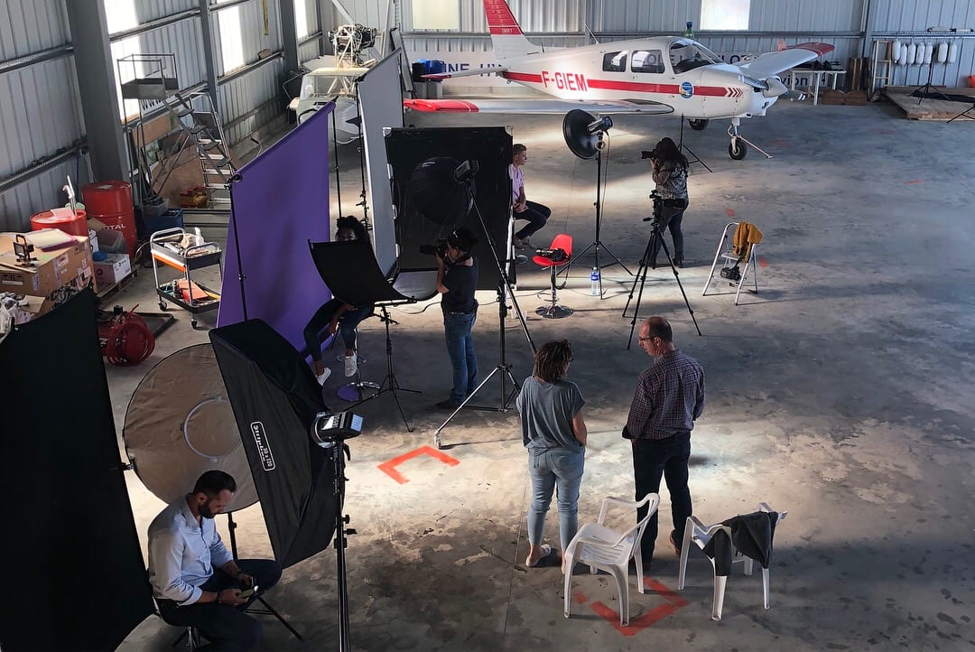For the afternoon we created three single light studio environments in the hangar. All of them quite practical and reliable in a small set environment.