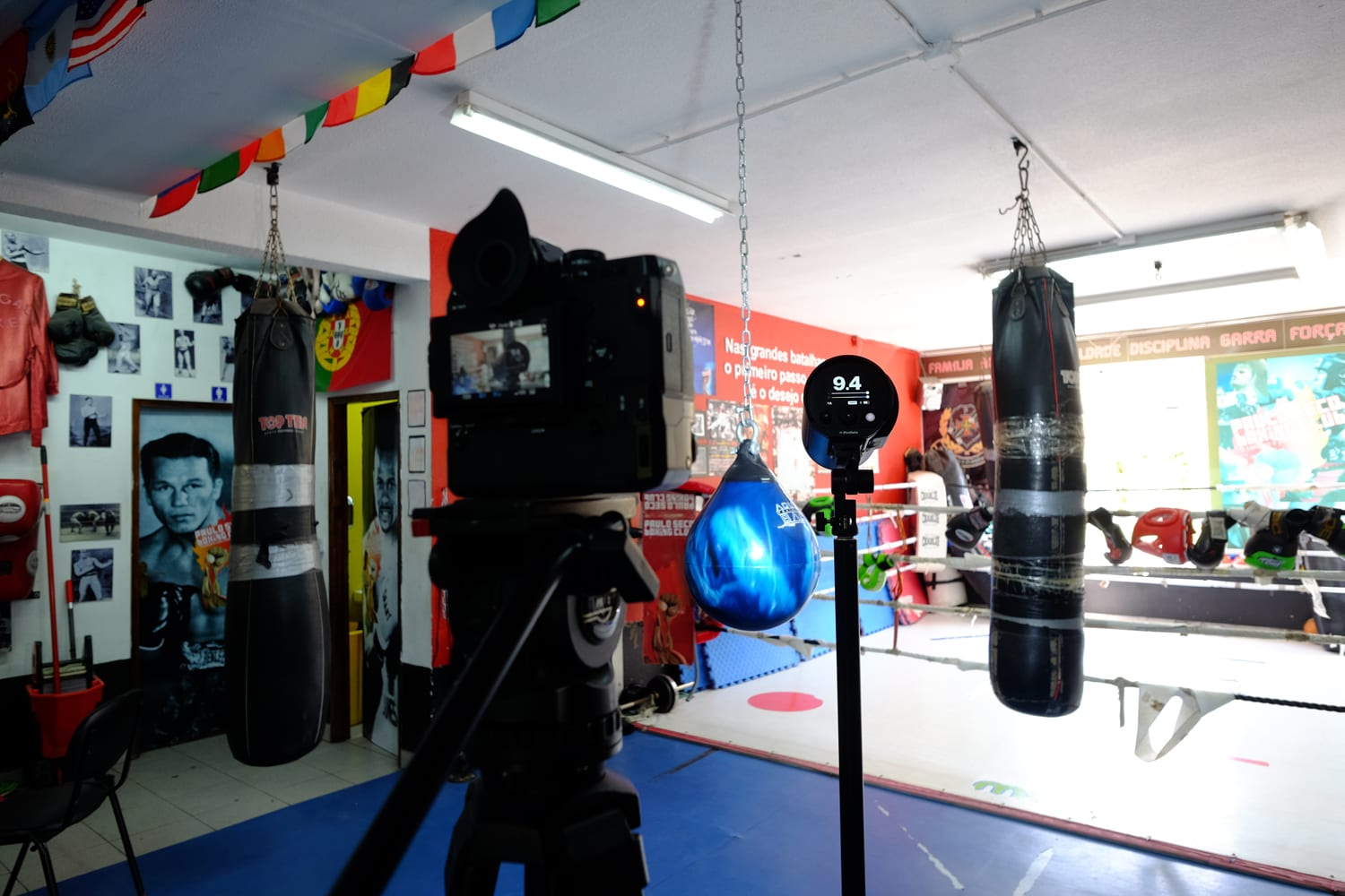 The Fujifilm X-H1 and the Profoto B10 in Paulo Seco's Gym